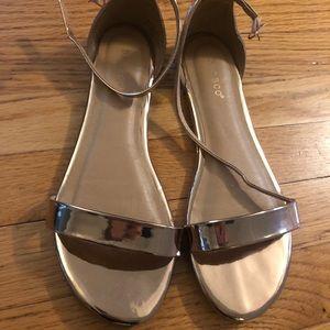 Gold straps sandals